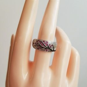 Jewelry - Beautiful Sterling Silver s925 ring.